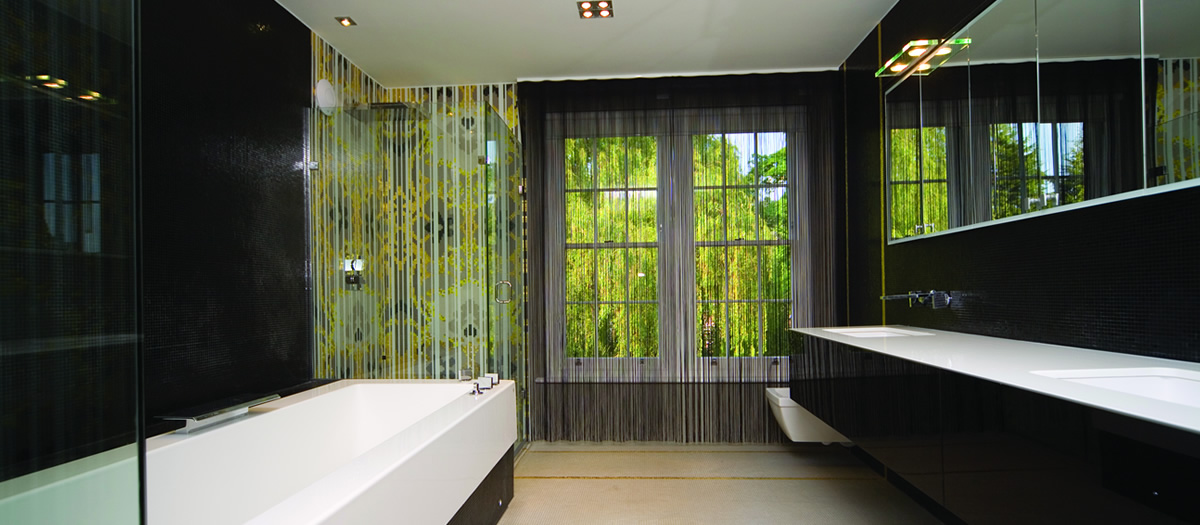 header space home bathroom